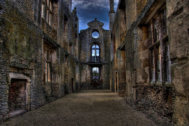 Kirby Hall was one of England's greatest Elizabethan and 17th-century houses. Now it stands empty and roofless.
