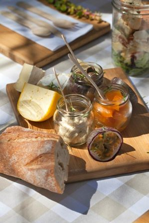Riverside Picnics @ Delheim Wine Estate - 1st October 2017! For starters, there's a selection of cheeses, charcuterie, pickled pumpkin, biltong, crusty bread, and hummus. Then, tuck into the more substantial indulgences - a kidney bean and sweet corn salsa, two salads, one of watermelon, the other a chicken Caesar; a yummy roast beef bagel with all the trimmings and a decadent mini milk tart. A vegetarian option is also on offer.
