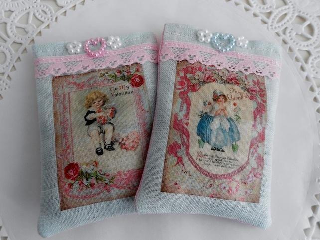 Shabby chic Valentine's lavender sachets by picocrafts