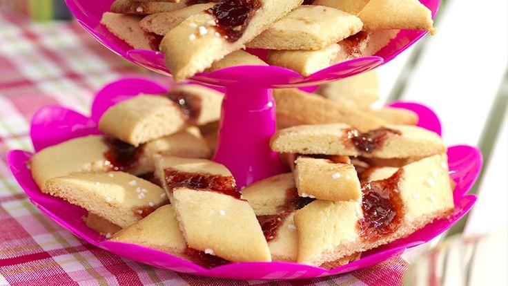 Snitt med sommarsmak - småkakor med sylt
