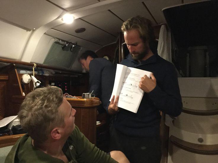 Vitorlásoktatás a fedélzeten / Egyhetes Adriai vitorlástanfolyam tavasztól őszig az Adrián (további információ: www.oceansailing.meder.hu)