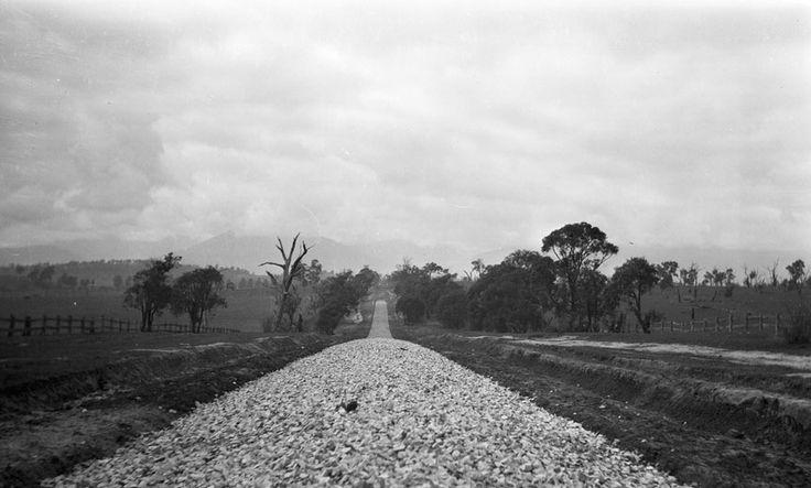 1938 Main Healesville Road (Maroondah Highway). VicRoads Centenary www.vicroads.vic.gov.au/centenary