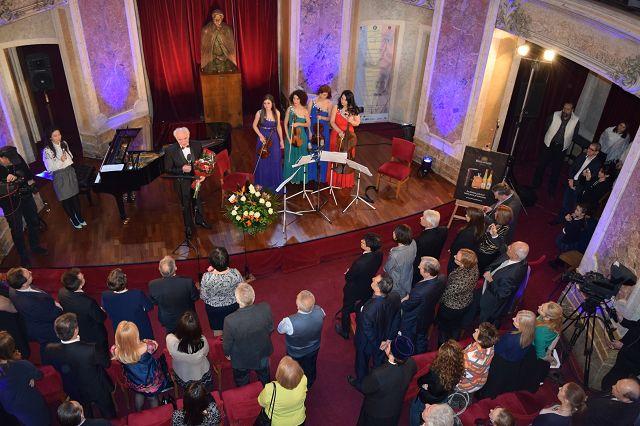 Radio Romania International - Concert extraordinar dedicat Zilei Culturii Naţionale- 15 ianuarie 2016