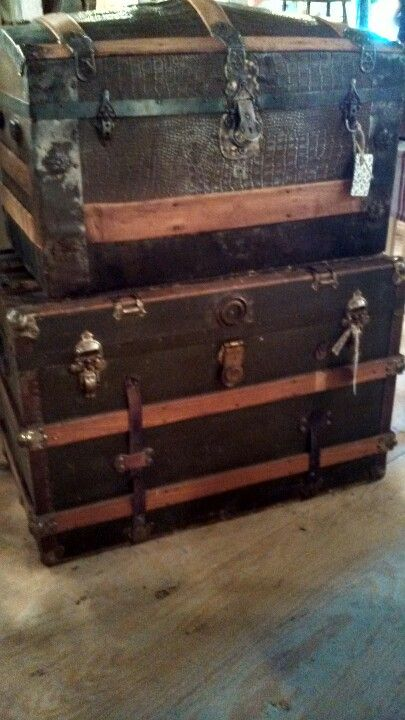 414 best Luggage , Suitcases & Trunks .... images on Pinterest ...