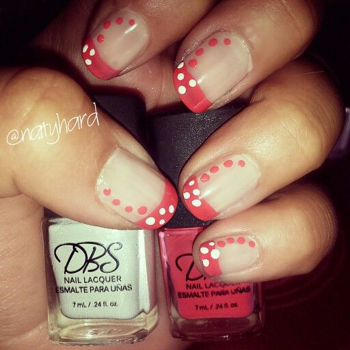 Francesa con puntos #manicure#manos #esmalte #francesa #uñas #diseño #puntos #tiras