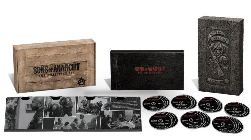 Sons of Anarchy: Limited Wooden Complete Box - Kausi 1-7 (30 disc) (DVD)