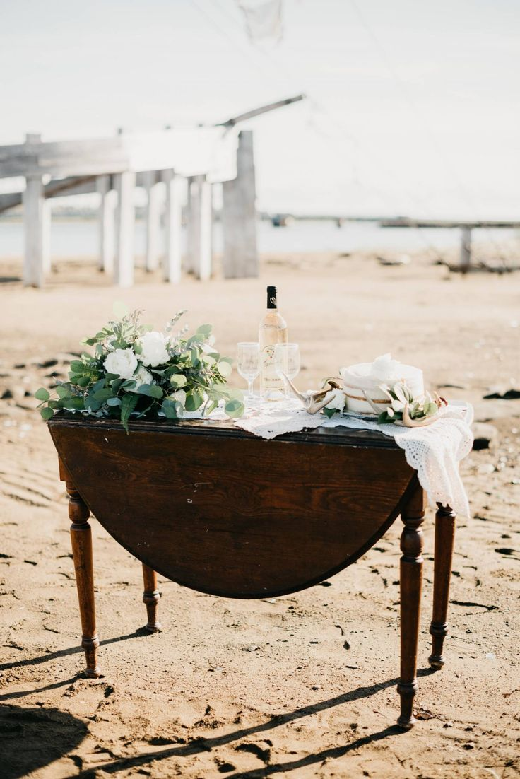 A Vintage Inspired Seaside Shoot in Rexton, New Brunswick via Styled In Lace