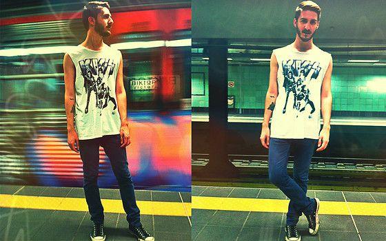 #metro #station #skinny #jean # blue #white #kiss