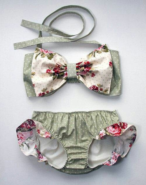 Summer love ♡ Wish I had the figure for these cuties.
