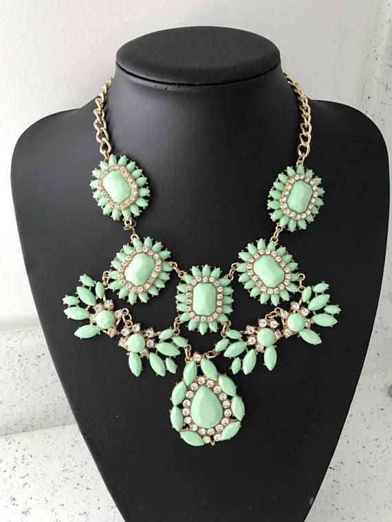 Beautiful large light green statement necklace / summery