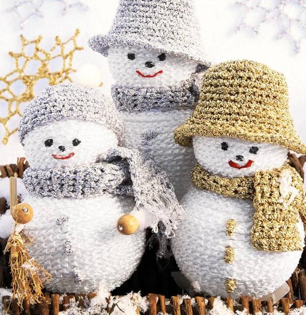 Virkad julpynt med snögubbar.   #knittingroom #garn #hemmet #inspiration #jul #snogubbe #virka