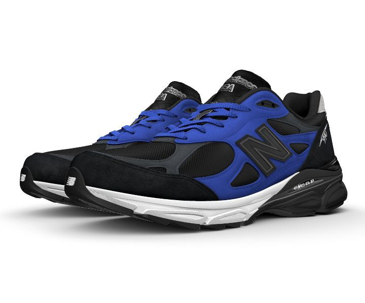 The legendary New Balance Made in USA 990 series comes full circle with the latest NB1 style - the 990v3. It's the most performance-driven of the NB1 line-up, so you can customize the soft suede and mesh upper to reflect your unique look AND enjoy the perks of a cushioned sneaker.