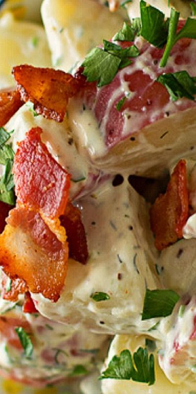 Chicken Bacon Ranch Red Potato Salad ~ What a wonderful salad to serve during the summer!