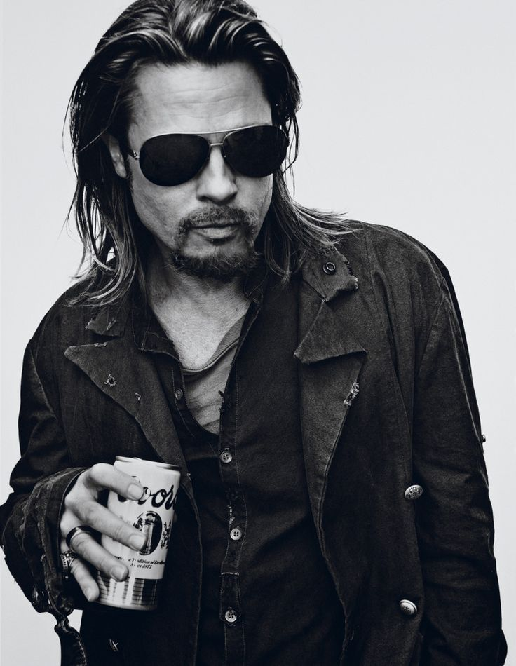 The haircut in this image is effective for the genre but looks better associated with the genre when you add it with the use of the denim jacket, black shirt and sunglasses which are all clothing that is common of the indie set up