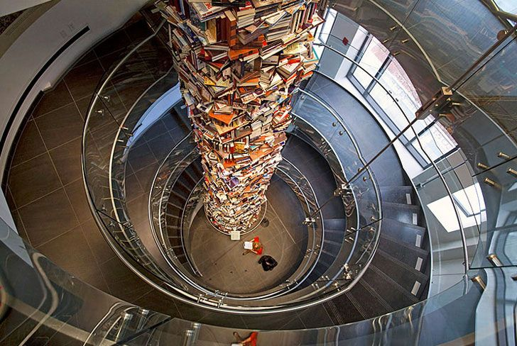 The Lincoln Tower of Books: Abraham Lincoln, Spirals Stairca, Leadership, Ford Theatres, Book Towers, Washington Dc, Education, 15000, Recycled Book