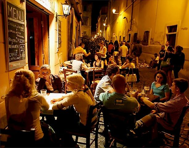 Labyrinth in Trastevere, Rome   by © Tyler Hicks: Dining Al, Trastev Labyrinths, Favorite Places, Rome, Rome Trips, Roma Amor, Favorite Eateri, Rome Italy, Night Trastev
