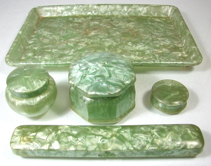 Vintage art deco xylonite/celluloid green dressing table set trinket/tray 5 pc
