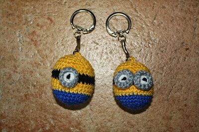 Zilverbos : Minion sleutelhangers, Minion keychain, Adventkado...
