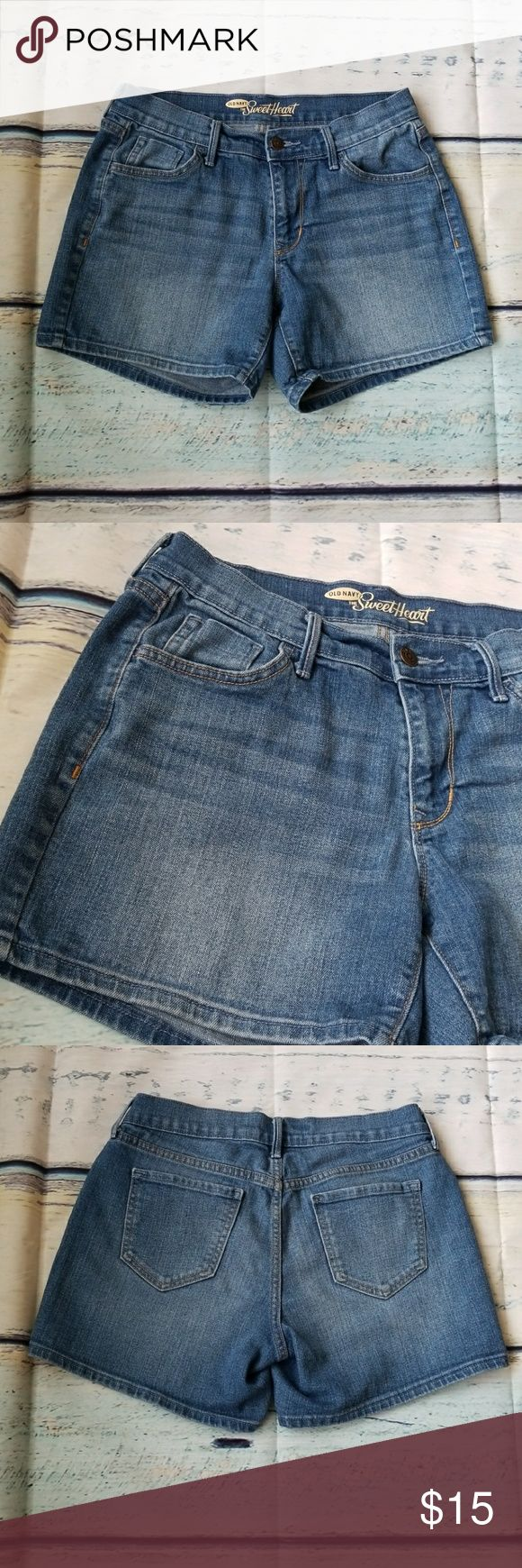 """{Old Navy} The Sweetheart Denim Shorts In gently used condition. Very nice shorts.  Waist: 15"""" Length: 13"""" Old Navy Shorts Jean Shorts"""