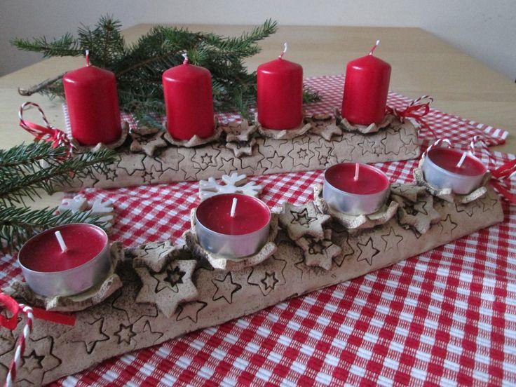 Adventní svícen hvězdy Modelován ze šamotové hlíny, kalíšek na svíčku vyglazován. Na klasické i čajové svíčky. Délka cca 33 cm. Svíčky nejsou součástí prodeje.