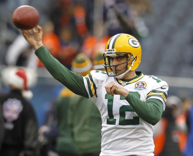 Aaron Rodgers will receive $40 million this year in the form of a $35 million signing bonus, according to a source.