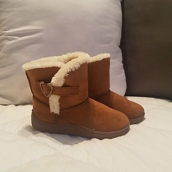d936f8d1ccd Garanimals Faded Glory Toddler Baby Girls Shearling Boot Chestnut ...