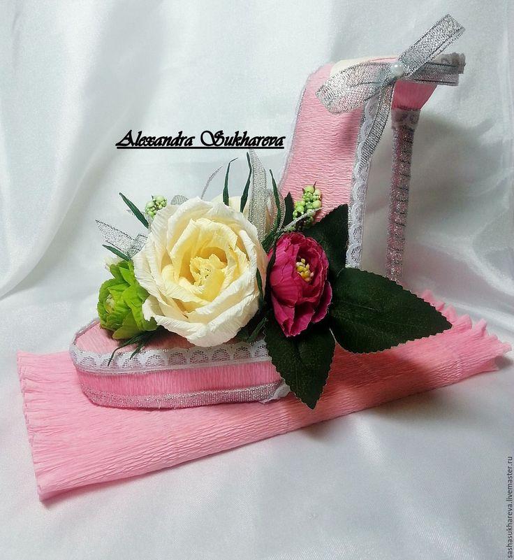 Купить Туфелька из конфет - розовый, шоколад, оформление подарка, конфетная композиция, конфетный букет