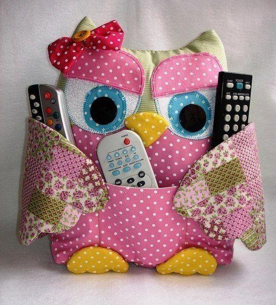 Give Your Little Girl Her Own Treasure Owl I LOVE IT!! es hermoso :) manos a la obra en esta linda manualidad: los controles nunca más estarán perdidos ;)