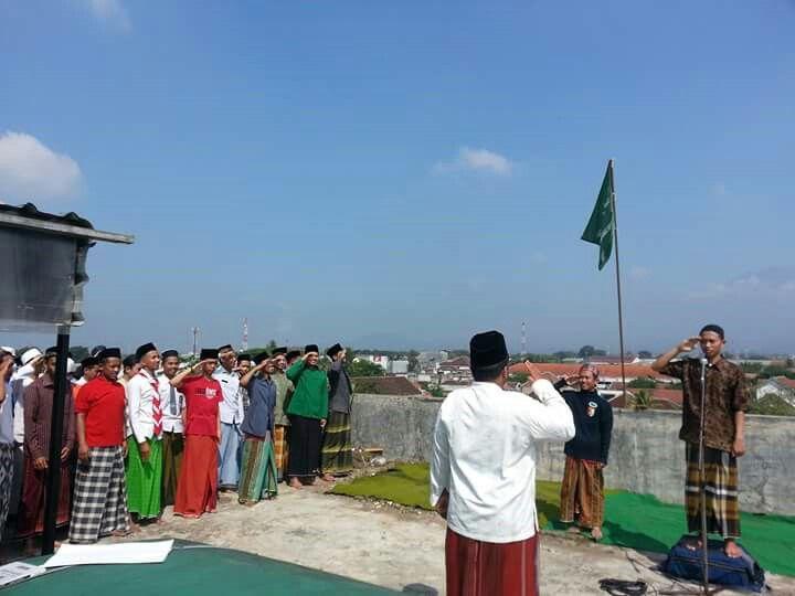 Hormaaaaat Graaak  upacara  memperingati kemerdekaan RI ke 71  santri Ponpes