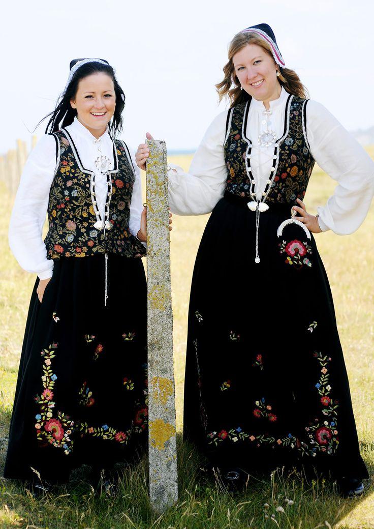 Kvinnebunad fra Rogaland, Tjelmeland