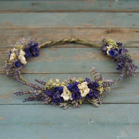 Provence Dried Flower Hair Crown                                                                                                                                                                                 Más