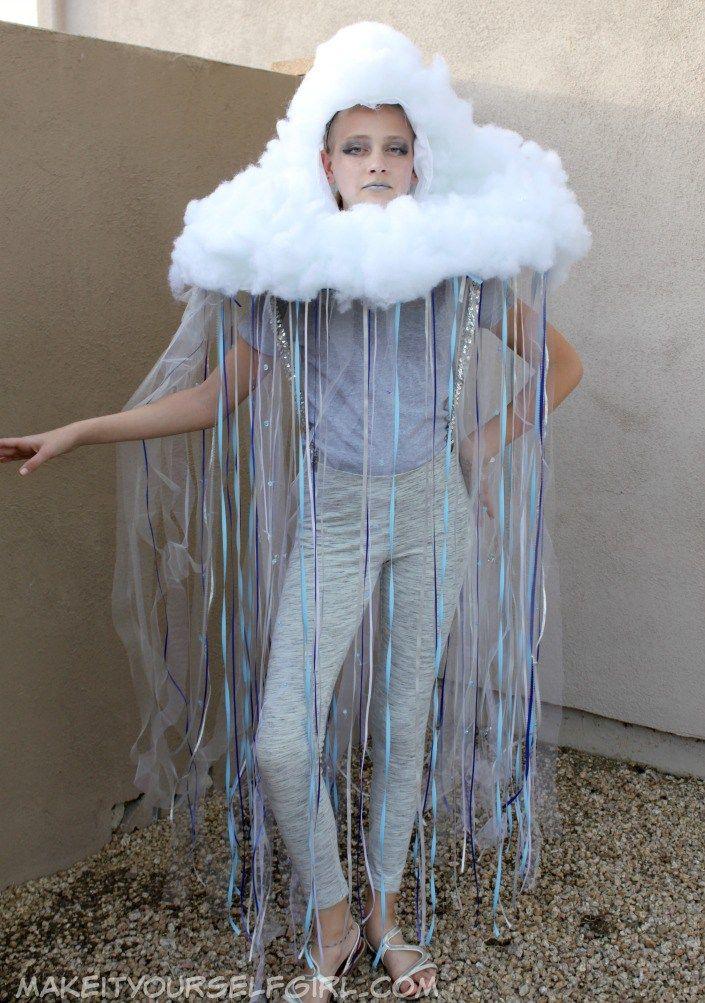 diy rain cloud costume tutorial kost m kost me selber machen und kost m ideen. Black Bedroom Furniture Sets. Home Design Ideas