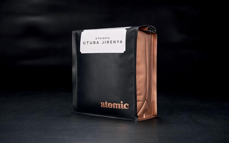 Fuman Design Studio   Packaging   Atomic Packaging