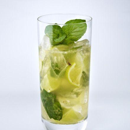 Cocktail-Klassiker: Mojito Rezept | LECKER