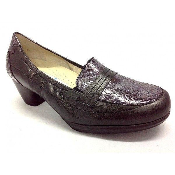 Zapato de la marca Drucker de gran confor.Todo fabricado en pieles de primera calidad.Plantillas extraibles.Ancho 10.