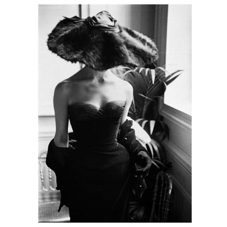 Mark Shaw-Dior Fur Hat-Paris, 1954