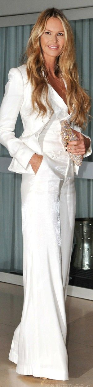 Elle Macpherson white pant suit! I think this is amazing!