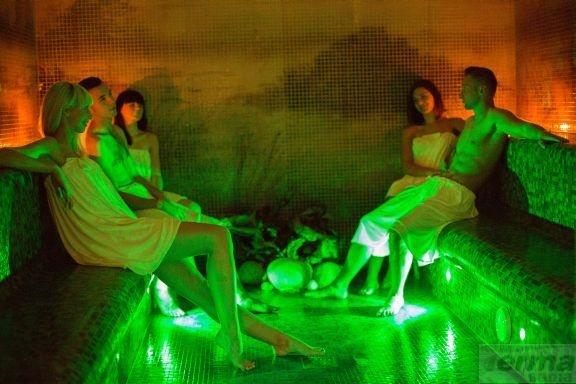 Sesja w saunie to chwila na odpoczynek!