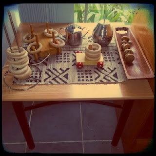 Today's Playspiration...Wooden curtain rings, silver tea pots and door knobs  http://mummaknowsbest.blogspot.com.au/2012/09/play-pics.html