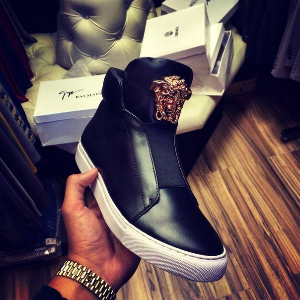Wanted! #versace #sneakers