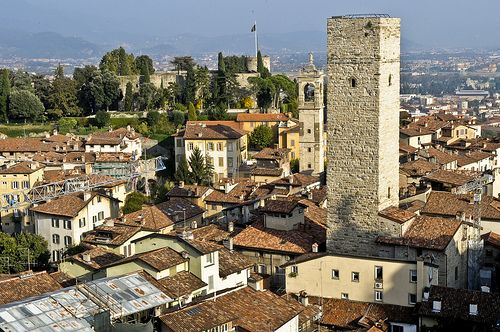 Bergamo, italy - a day spent wandering and talking with one of the most beautiful people I've ever met and a fantastic night at the hostel with the most disparate group of people from across the world