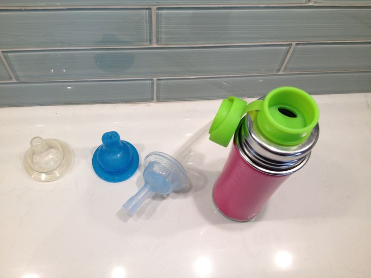 Another review on the Pura stainless steel nipple/sippy/straw cup? Why? Well – I'm excited to announce that after my not-so-happy experience with the silicone straw option, which I was so so SO excited about, but being a bit of a dud in the 'lasts longer than a month' department. We have another option for the Pura bottle. The Big Mouth silicon sport top! Yeah! Made with Medical Grade silicone, this top is a lot stronger than the aforementioned straw. So your toddler, in their gnawing ways…