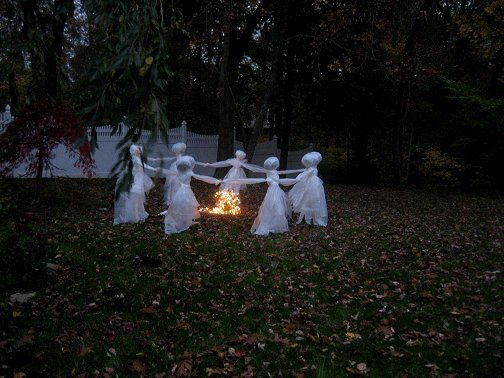 575 best Seasonal - Ghosts, Goblins, Witches ! images on Pinterest - funny halloween decorating ideas