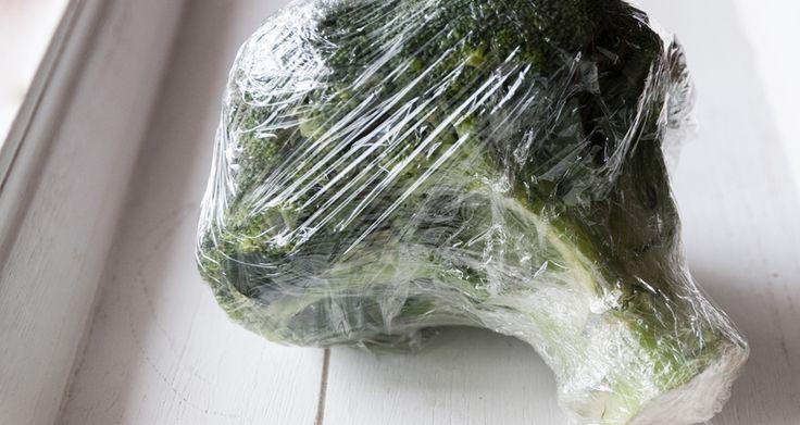 Φρέσκο μπρόκολο για 5 μέρες θα έχετε μόνο εαν το βάλετε στο συρτάρι του ψυγείου, τυλιγμένο με μεμβράνη.