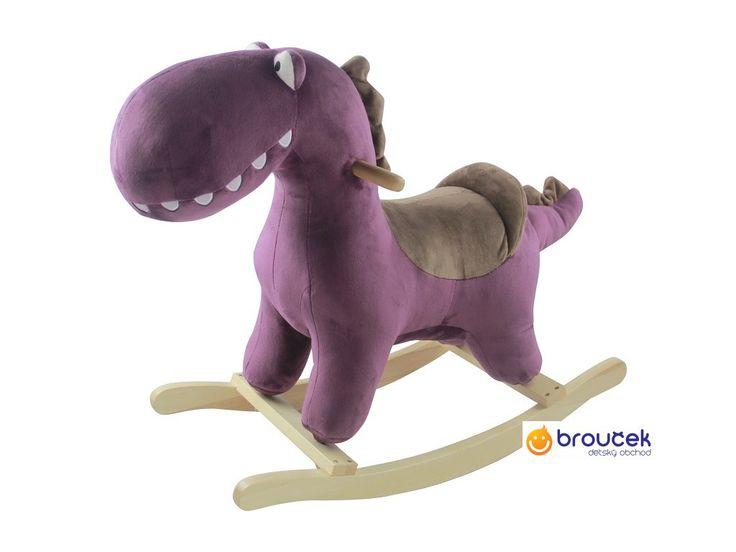Petite&Mars Houpačka s melodií dinosaurus Albert Purple. Houpačka z jemného plyše s dřevěnou houpací základnou.Houpání je jedna z nejoblíbenějších zábav dětí. Udělejte jim proto radost s touto hračkou.Ideální nejen na doma.
