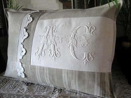 Pillow ~ monogram detail
