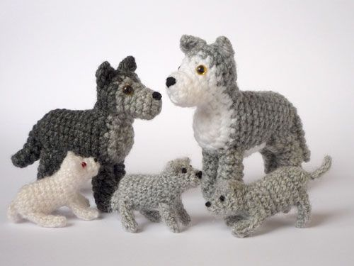Wolf Family Toy : Wolf family by lunascrafts on deviantart crochet knit