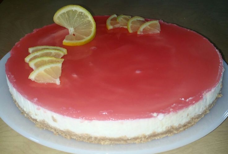 Lemon and red-orange cheesecake