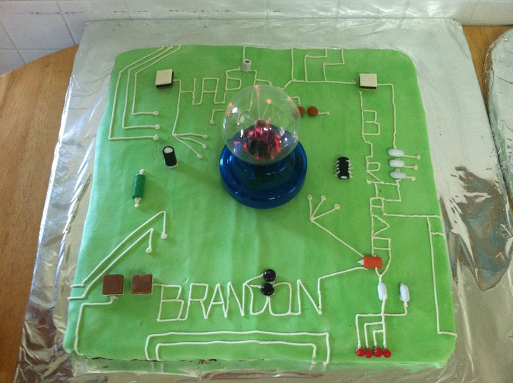 Cake Decorating Ideas Electrician : Electric circuit board cake Robot birthday party ...