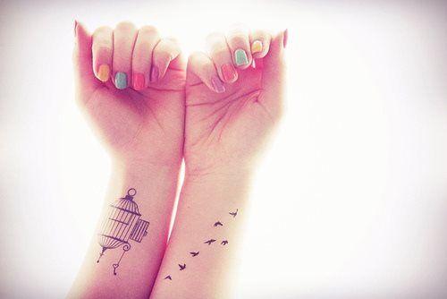 38 tatouage romantique bras